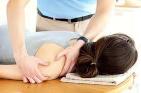 Chiropractor Treatment WIN Health Institute